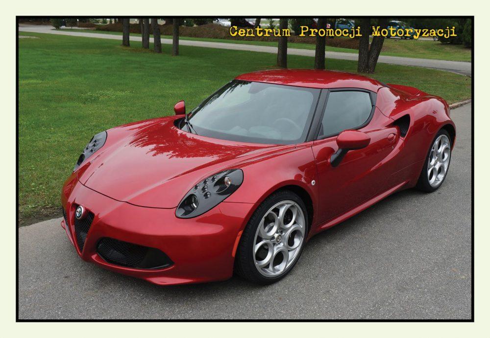 Pocztówka Alfa Romeo 4C przód - Historia Motoryzacji